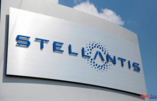 Rome wants Stellantis to build battery plant in Italy...