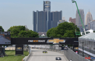 The Way to See the Detroit Grand Prix -- IndyCar Running...