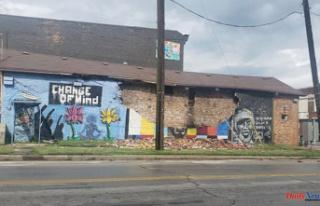 Lightning strikes Ohio mural of George Floyd