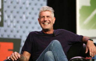 People are afraid of the Anthony Bourdain voice-cloning...
