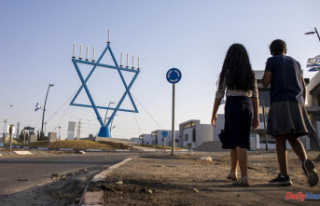 A calm Israeli town manages to withstand the rocket...