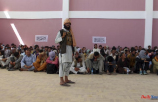Afghans fear a return of brutal rule despite Taliban...
