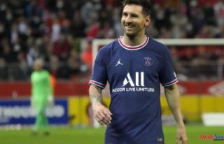 Messi's era begins when PSG defeats Reims; Mbappe...