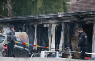 North Macedonia: 14 killed in fire at COVID-19 Field...