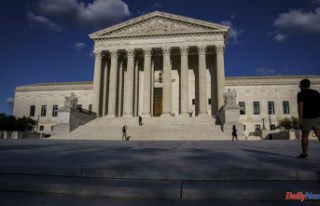 Supreme Court hangs up the phone and goes back to...