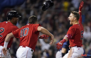 Take it easy: Red Sox defeat Rays 6-5 with late sacf...