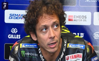 Near disaster in MotoGP: Rossi sees the death in front of his eyes