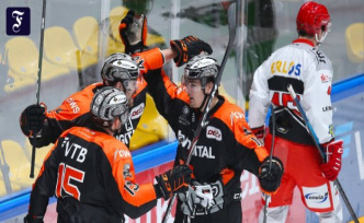 Second ice-hockey League: The lions get the curve
