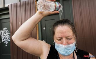 Northwest heat wave: Volunteers bring water to the needy