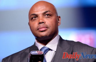 Charles Barkley States NBA, NFL players Must Purchase COVID-19 vaccine first since they pay more taxes
