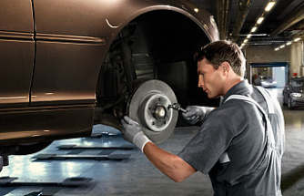 Should You Replace All 4 Brake Pads at Once?