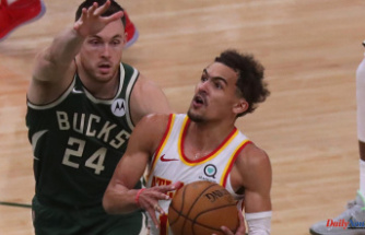 Hawks 116, Bucks113: Trae Young smothers defense for 48 points during Game 1 of Eastern Conference Finals