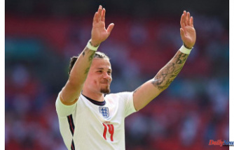 Leeds United's Kalvin Phillips hailed as Greatest player on pitch Later Putting up England winner at Euros opener