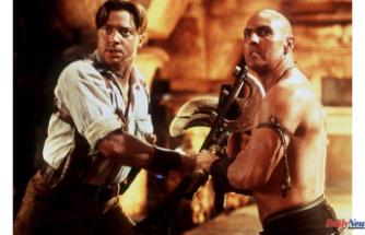 The Mummy: Brendan Fraser and Rachel Weisz's adventurous romp catches lightning in an urn