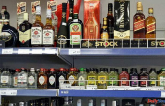 WHO Is Not Banning'Women of Childbearing Age' from Drinking Alcohol