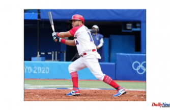 Olympics-Baseball-One-time MLB vets lift Dominican Republic over Mexico 1-0
