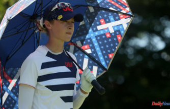 Nelly Korda threatens to kill 59 and settles for 62 following troubles on the 18th green