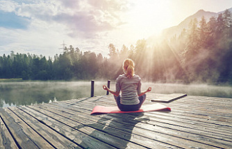 7 Easy Ways to Keep an Easy Lifestyle in a World That's Fast-Paced