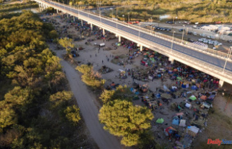 As removals increase, migrant camp at Texas border shrinks