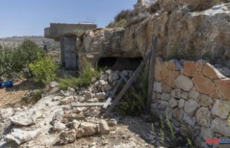 Five Palestinians are killed by Israeli troops in West Bank gunbattles