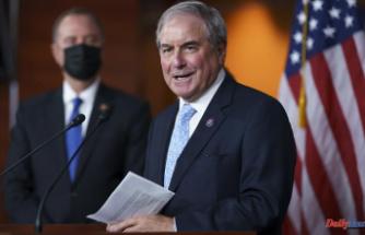 Panel approves Dems' $3.5T bill; critical time for Biden agenda
