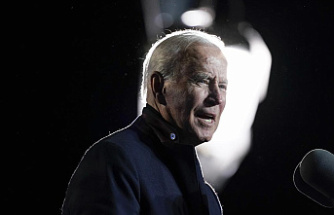 AP-NORC poll: Dems and Biden get low marks for spending talks