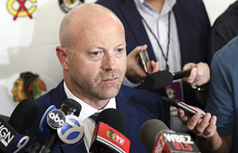 Blackhawks GM resigns; team is fined following sexual assault probe