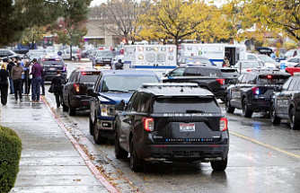"""""""We've got the right to run"""" -- Idaho mall shoots leaves 2 dead"""