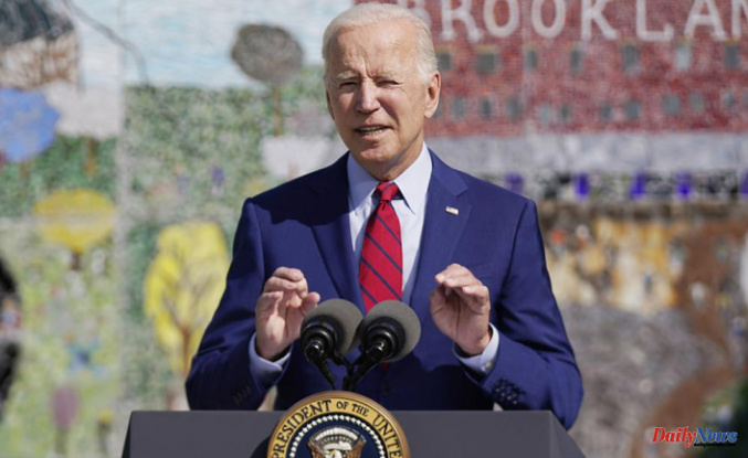 Biden calls for Republican governors to support vaccines