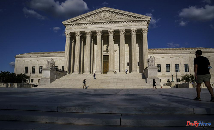 Supreme Court hangs up the phone and goes back to in-person arguments